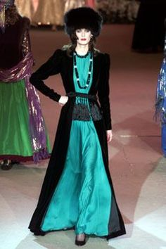 2002 - YSL Couture retrospective show - 1979 Couture dress