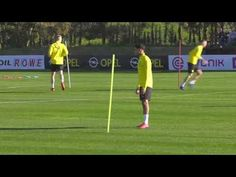 Dortmund Passing Warm-Up - YouTube Soccer Drills, Soccer Coaching, Warm, Control, Youtube, Sports, Training, Ideas, Warming Up