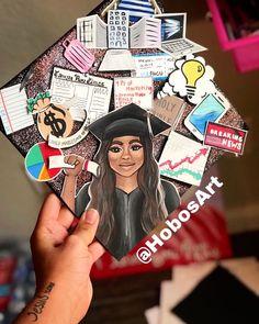 By @hobosart Graduation Cap Drawing, Funny Graduation Caps, Custom Graduation Caps, College Graduation Photos, Graduation Cap Designs, Graduation Photoshoot, Graduation Cap Decoration, Graduation Diy, Grad Cap