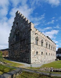 Håkonshallen in Bergenhus fortress in Bergen, Norway.  Photo by Petr Šmerkl, Wikipedia.