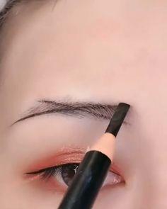 Fall Eye Makeup, Makeup Eye Looks, Eye Makeup Brushes, Eye Makeup Art, Smokey Eye Makeup, Skin Makeup, Eyeshadow Makeup, Eyebrow Makeup Tips, Beauty Makeup Tips