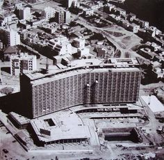 """The """"Athens Hilton"""" hotel under construction Attica Athens, Athens Greece, Old Greek, Architecture People, Hilton Hotels, Greek History, As Time Goes By, Old City, Historical Photos"""