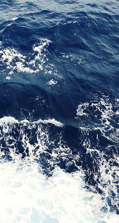 Foamy-Blue-Ocean-Waves-iphone-5s-parallax-wallpaper-ilikewallpaper_com.jpg 744×1,392 pixels