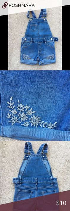 Genuine Kids from OshKosh Girls Jeans  Overall SZ3 Excellent Pre Loved Condition, from a house free of pets/ smoke. Genuine Kids from OshKosh Bottoms Overalls