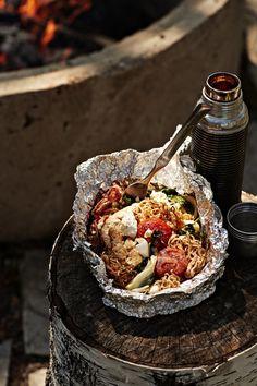 Nuotionuudelinyytit | Kana, Arjen nopeat, Grillaus | Soppa365 Feta, Acai Bowl, Food And Drink, Breakfast, Ethnic Recipes, Acai Berry Bowl, Morning Coffee