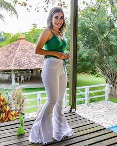 """1,089 Likes, 18 Comments - TRAPICHE  (@trapiche.official) on Instagram: """"Ahhh essa calça  apaixonada por esse modelo e por essa combinação!  . Foto: @euanacleto . . .…"""""""