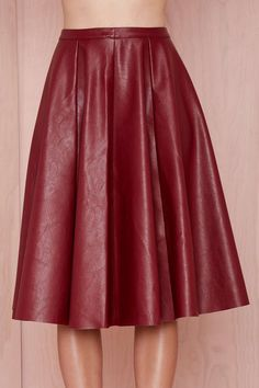 Shop Wine Red PU Leather Pleated Skirt online. Sheinside offers Wine Red PU Leather Pleated Skirt & more to fit your fashionable needs. Free Shipping Worldwide!