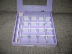 Caixa para bijuterias (interior) com decoração em scrap, fita e pérolas-2