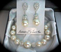 Pearl bracelet and earring set  Ivory/cream  by QueenMeJewelryLLC, $54.99