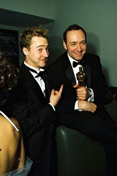 """The Best Awards Show After-Party Pics #refinery29  http://www.refinery29.com/2014/02/62636/awards-show-after-party-pictures#slide19  Ed Norton and Kevin Spacey get buddy-buddy. Ed is all, """"This guy? C'maaaaan."""""""