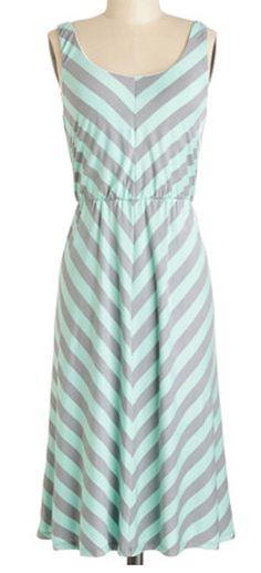 #Mint & #Grey chevron dress http://rstyle.me/n/gevmznyg6