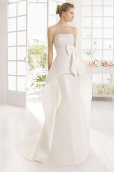 2016 Strapless frisada corpete sereia Vestidos de noiva de cetim com arco nó € 248.01 LGPQDZTEP3 - LoveGowns.com