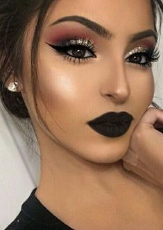 7 - 2020 Winter Makeup Tips, 7 - 2020 Winter Makeup Tips - 1 This winter, celebrities guaranteed their beauty with these four make-up. Get inspired by celebrity make-up for your p. Wedding Makeup Tips, Eye Makeup Tips, Beauty Makeup, Glam Makeup, Makeup Geek, Face Makeup, Makeup Goals, Beauty Tips, Dramatic Makeup