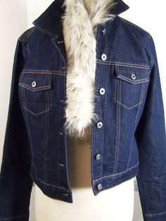 Gap Jean Jacket size Medium Dark denim Ivory faux fur pull through scarf  #GAP #JeanJacket