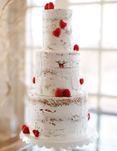For summer weddings, unadorned tiers hold up better in the heat, says Andrea Adams-Britt, of Classic Cakes in Missouri. ($620), kcclassiccakes.com.