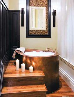 baignoire sabot, un design moderne intéressant, sol en bois