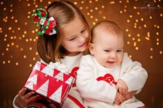 Christmas Lights (Glennville Kids Photography) / PS Photoshop by Alison Sibling Christmas Pictures, Christmas Pics, Toddler Christmas, Christmas Lights, Children Photography, Family Photography, Photography Ideas, Picture Ideas, Photo Ideas