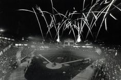 1991: Comiskey's last fireworks display. ( Chicago Tribune archive photo / June 15, 2012 ). More vintage photos: http://www.redeyechicago.com/news/redeye-vintage-photos-80-years-of-old-comiskey-park-20120613,0,2687993.photogallery#