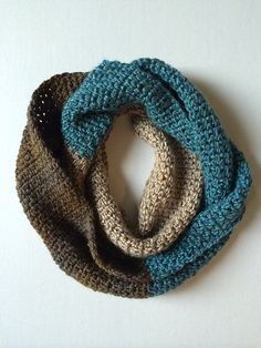 Ravelry: Project Gallery for Sophia Infinity Scarf pattern by Kristina Olson