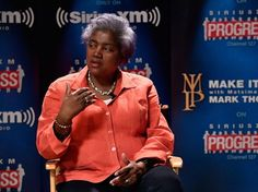 Donna Brazile leaked question to Hillary Clinton campaign ahead of CNN primary debate