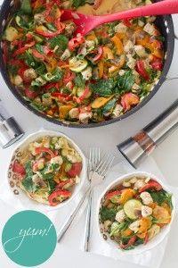 Chicken Pasta Primavera by Pretty Little Dishes ~ #chicken #pasta #veggie #vegetable #zucchini #bell pepper #mushroom #spinach #scallions, #Parmesan #garlic #acceramics #fancy #bowls #recipe