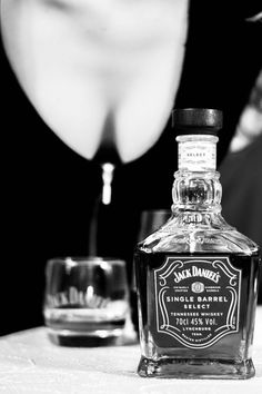 Jack Daniels Cocktails, Jack Daniels Whiskey, Tennessee Girls, Whiskey Girl, Gentleman Jack, Bourbon Drinks, Tennessee Whiskey, Scotch Whiskey, Jack Black