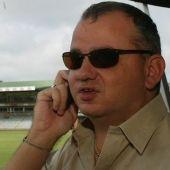 Zimbabwe's Dean du Plesis: Blind but a successful commentator Blind, Cricket, Dean, Pilot, Mens Sunglasses, Success, Shutter, Cricket Sport, Pilots