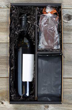 Zum Tag der Vollmilchschokolade empfehlen wir einen trockenen Fitz-Ritter Roter Fitz Cuvée aus dem Jahr 2012 - lasst es Euch schmecken! #Wein #Wine #Redwine #Schokolade #Chocolate