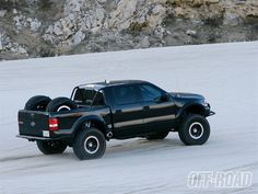 F150 Side View - Photo 02 - 2004 Ford F150 4x4 - The Top Trucks Of 2008