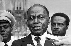 À l'occasion de la commémoration du 20ème anniversaire du décès du Père de la Nation, Feu le Président Félix HOUPHOUET BOIGNY, Son Excellence Monsieur Alassane OUATTARA, Président de la République,