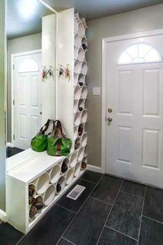 Organizador de sapatos com canos de PVC