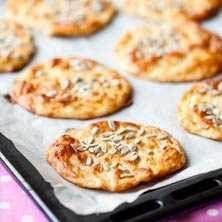 LCHF frukostbröd --- Breakfast breads - Swedish recipe - give me a shout if you need translation Swedish Recipes, New Recipes, Low Carb Recipes, Favorite Recipes, Healthy Recipes, Breakfast Low Carb, Breakfast Recipes, Lchf, Cake Chocolat