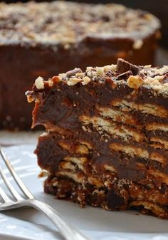 Torta de palha italiana: receita perfeita para fazer e servir para a família. Experimente!