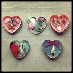 Resin jewellery (brooches)