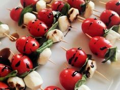 brochette-apero-aux-tomates-cerises-mozzarella