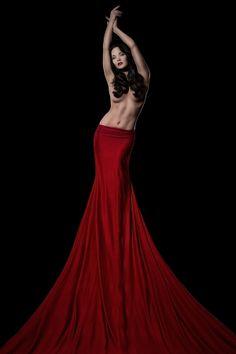 red by Alexander Heinrichs on 500px