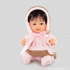 Кукла-пупс Бебетин в вязаном костюме с розовым бантиком, Carmen Gonzalez