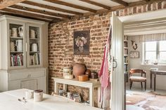 It is a traditional Wealden farmhouse, built around the year 1800, surrounded by woodland and meadows.