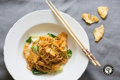 A deliciously easy sweet & sour noodle stir-fry to serve with your favourite topping or on it's own.