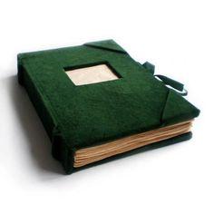 aksamitny notatnik (sprzedawca: papirell), do kupienia w DecoBazaar.com
