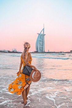 Dubai sunset view with Burj al Arab hotel. This is a public beach in the Umm Suqeim area in Dubai. Best Dubai sunset spots and beaches. Foto Dubai, Francisco Brennand, Warhammer Age Of Sigmar, Dubai Travel Guide, Safari, Dubai Vacation, Dubai Beach, Dubai Holidays, Burj Al Arab
