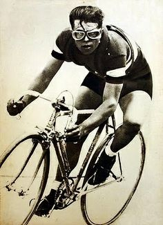 Cyclist Laerco Guerra - rider of the 30's
