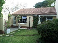 2 bedroom townhouse in Magaliesig, Magaliesig, Property in Magaliesig - RR635860