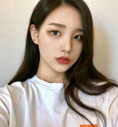 ulzzang girl girls woman women aesthetic korean japanese chinese beauty pretty beautiful lifestyle ethereal beauty girls east asian minimalistic grunge soft pastel light cute adorable 울짱 여자 r o s i e