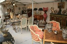 The Foire de Chatou is one of the most important antiques fair in France and a true gastronomic journey, bringing together twice a year more than 700 dealers and visitors Antique Fairs, Fleas, Flea Markets, France, Marketing, Antiques, Journey, Furniture, Travel