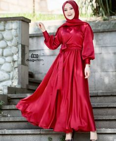 Yogun talep uzerine tasarım elbisemizde yeni renkler çıkıyor Elbisemizin f… . New colors come out in our design dress on high demand The price of our dress is 375 TL Our special campaign in our new showroom acilisimiza… Muslim Women Fashion, Modest Fashion, Hijab Fashion, Womens Fashion, Hijab Evening Dress, Evening Dresses, Simple Hijab, Muslim Girls, The Dress
