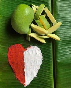 Find out about indian food vegetarian. Bangladeshi Food, Kerala Food, Food Carving, Fruit Photography, Creative Photography, Food Garnishes, Indian Street Food, Delicious Fruit, Yummy Food