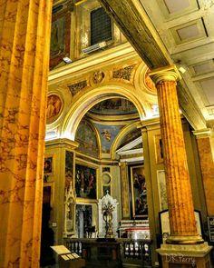 """Straight Lines & Arches""  #chiesadisanlorenzoinlucina #roma #rome #italy #italia #myrome ##wp #fb #noidiroma #lazio #chiesa #church #italianarchitecture #photobydperry #europe #europa #arches #architecture"
