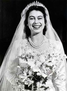 HRH The Princess Elizabeth wearing the Queen Mary Fringe Tiara. The tiara was made in 1919 for HM Queen Mary, and in 1936 it was given to her daughter-in-law, then HM Elizabeth, Queen Consort of King George VI. She later lent it to her daughter, HRH Princess Elizabeth for her wedding on November 20, 1947. The tiara was loaned again in 1973 to HRH Princess Anne, for her first marriage to Capt. Mark Phillips on November 14.