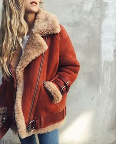 Rust jacket with fur. / Winter.